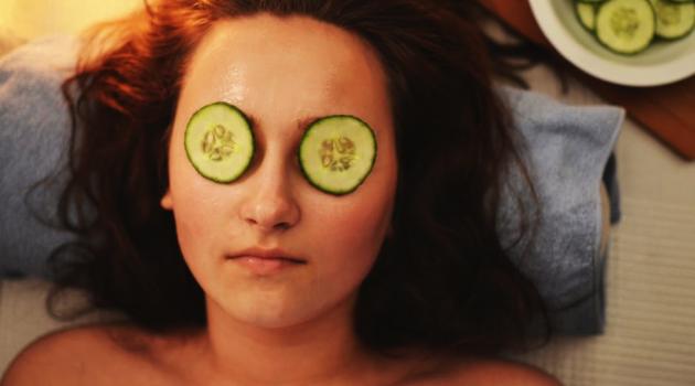 4 Benefits of Homemade Facial Scrubs